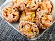 Парти хапки - пълнени печурки със скариди